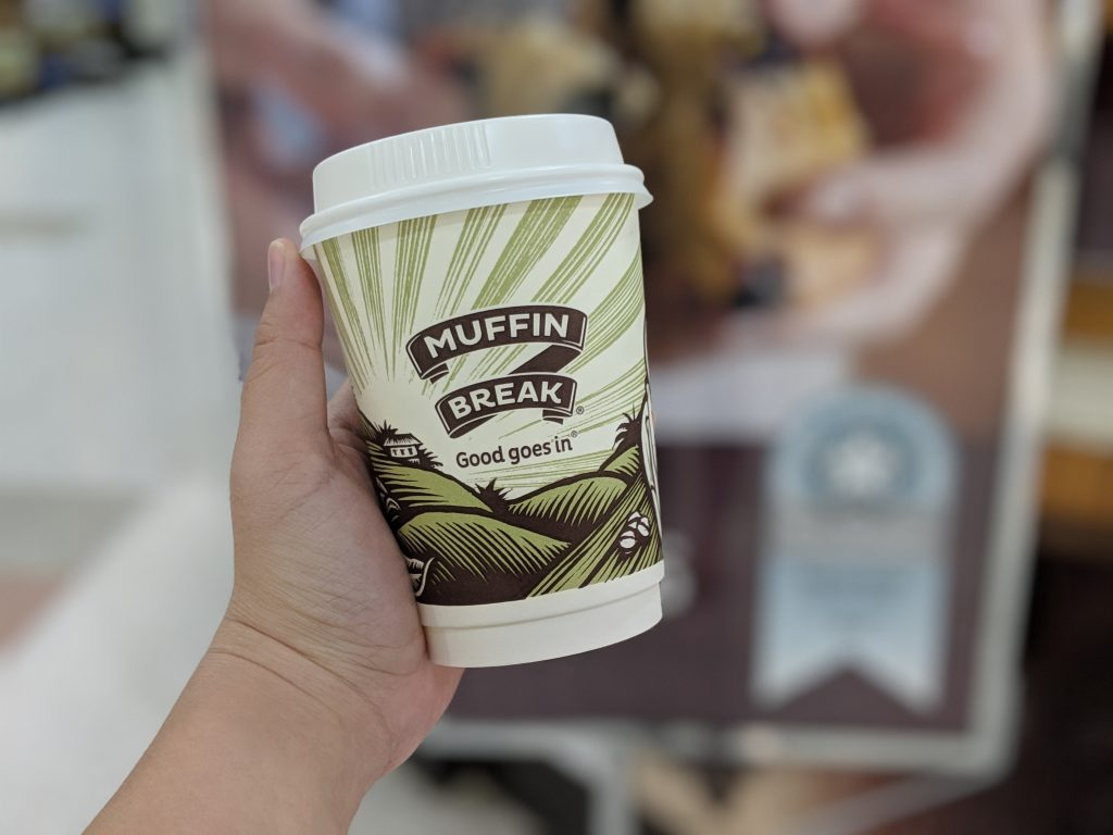 Muffin Break Switches to White Coffee Cup Lids from Black